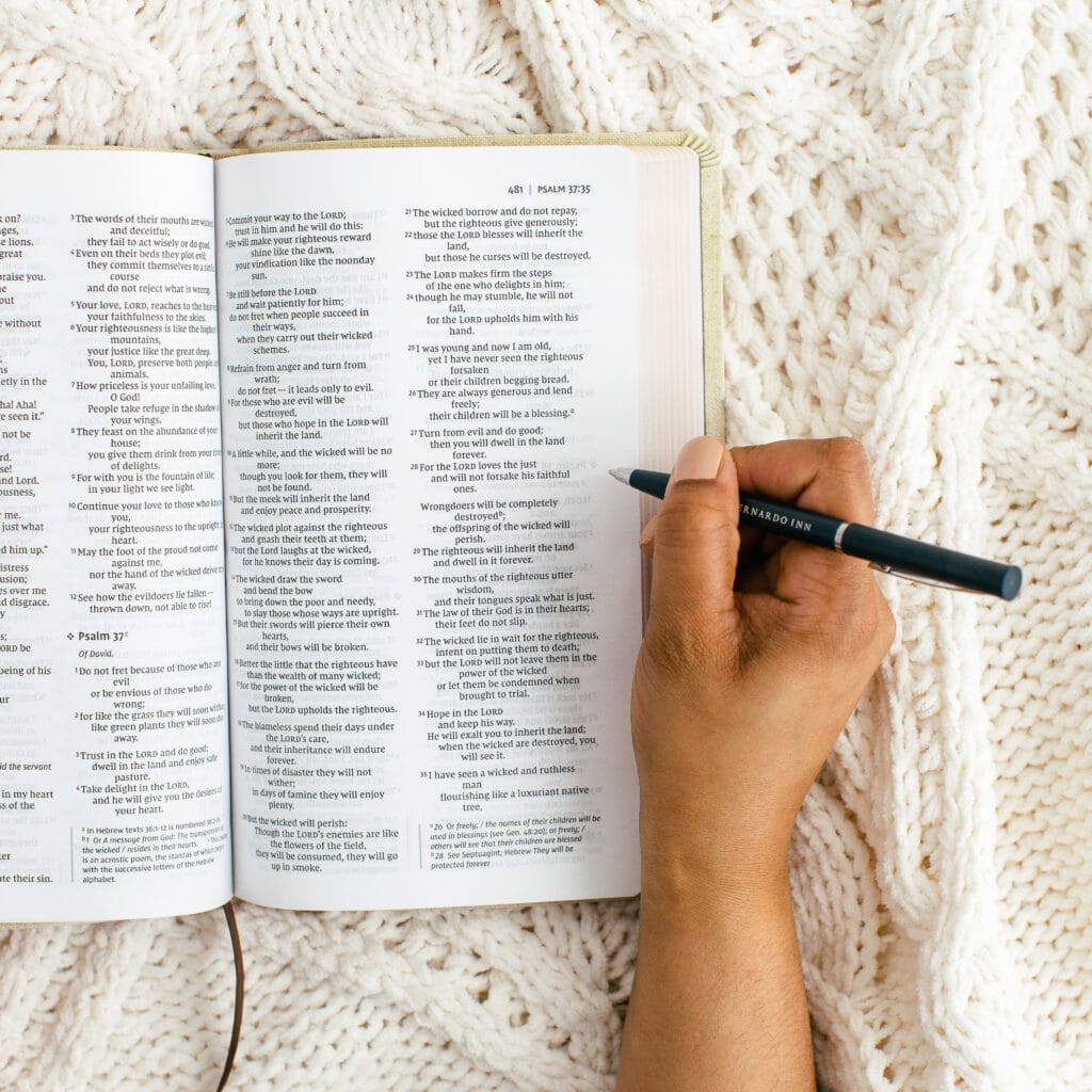 How to make time with God a priority in 2021